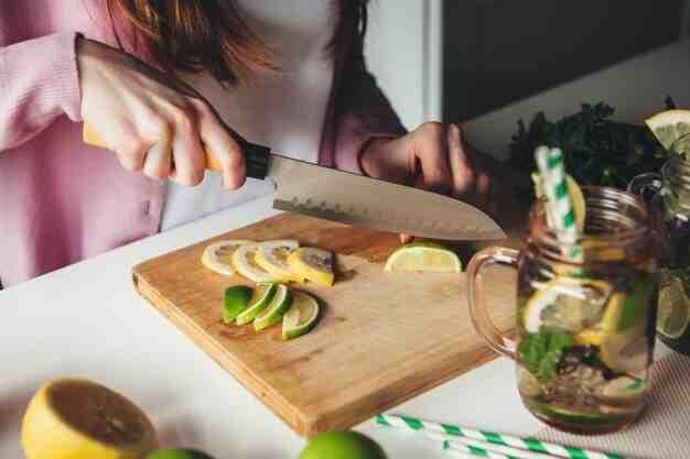 Comment couper un citron pour la décoration?